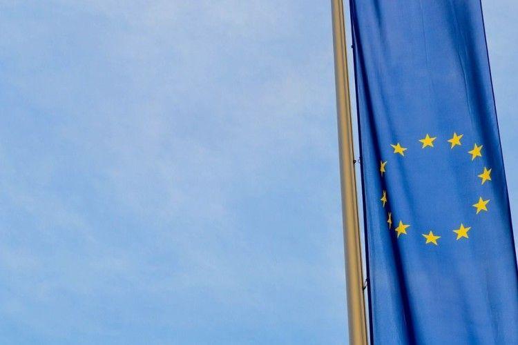 Великобританія пропонує посилити санкції проти РФ через невиконання Мінських домовленостей
