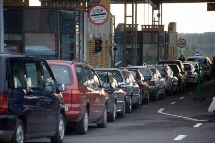 Минулоріч державний кордон через волинські пункти пропуску перетнули понад 2,5 мільйона автомобілів
