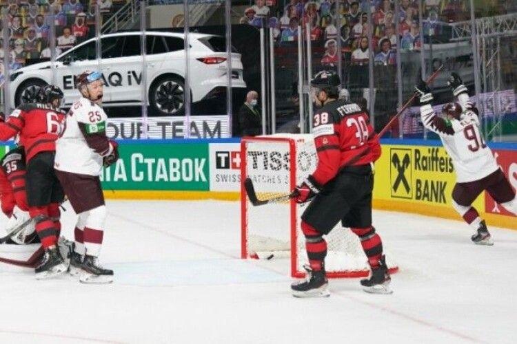 Латвійці створили першу сенсацію на ЧС з хокею