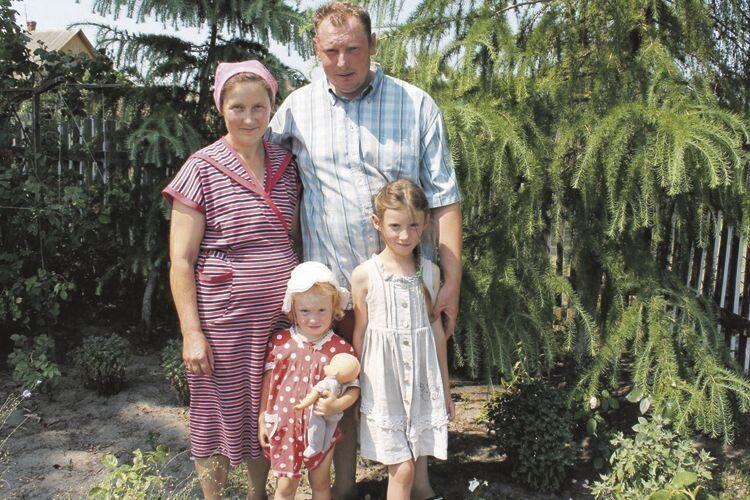 На городі сім'ї з Волині вродилась бульба вагою 2800грамів!