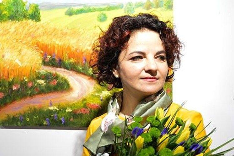 Працівниця Волинського управління лісомисливського господарства представила виставку картин