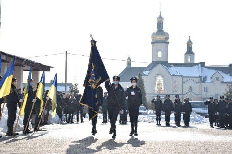 У Луцьку в ліцеї №28 відкрили меморіальну дошку загиблому в зоні АТО Ігорю Климюку
