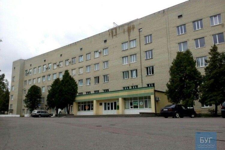 Епідситуація ускладнюється: у місті на Волині переповнене відділення з хворими на COVID-19