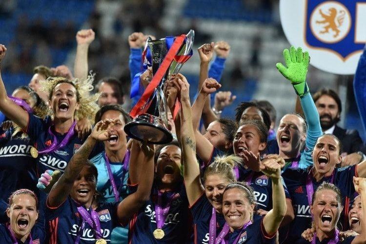 Дівчата з французького «Ліона» у Києві втретє поспіль виграли Лігу чемпіонів! (Відео)