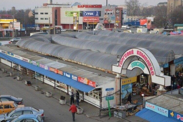 У Луцьку гуртівців із «Пасажу» хочуть «переселити» на Новий ринок
