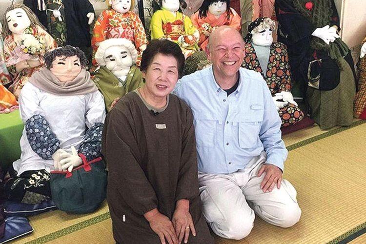 У японському селі  мешкає... 200 ляльок