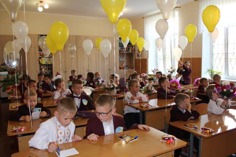На уроках можна бути без маски: МОЗ затвердило рекомендації школам для роботи з 1 вересня