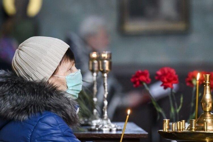 На Рівненщині пенсіонерка пішла святити паски й зникла: її шукають третю добу (Відео)