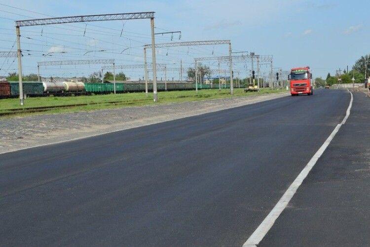 У Ковелі завершують ремонтувати одну з найбільш завантажених вулиць - Тимошенка