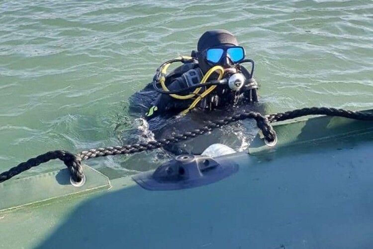 В морі знайшли затонуле судно зі снарядами