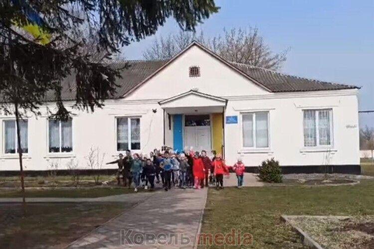 Жителі села на Ковельщині просять зберегти їхню школу
