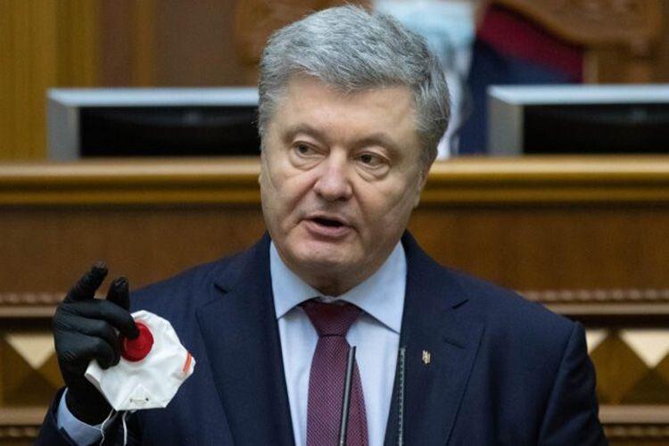 «Або ми рятуємо Україну від дефолту, або один олігарх отримує собі банк»