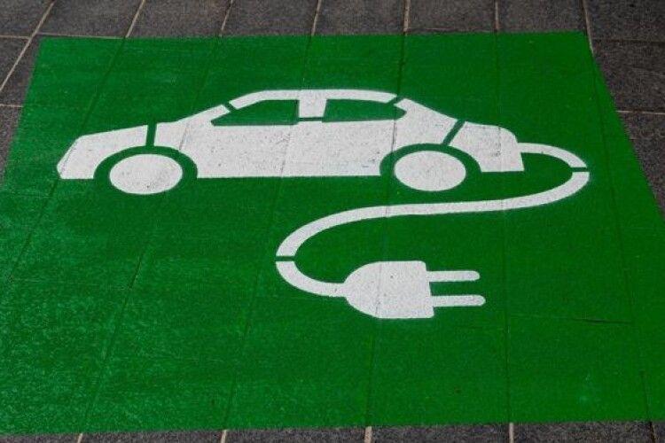 Держава стимулюватиме виробництво електрокарів в Україні