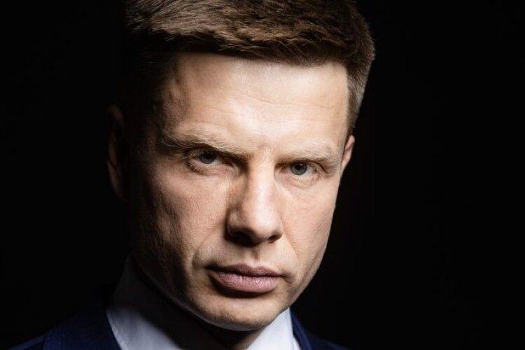 Олексій Гончаренко: «У Подільську на Одещині сьогодні прощаються з лікарем, який помер від коронавірусу»