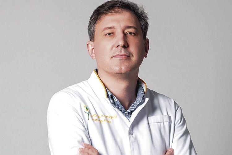 «Про орден – згодом, бож чекають хворі»: для волинського лікаря на першому місці - робота