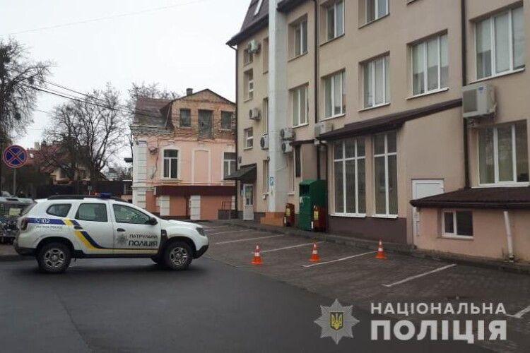 Повідомлення про замінування ЦНАПу у Луцьку не підтвердилося, – поліція