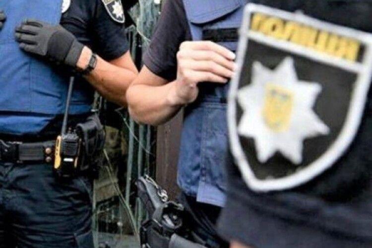 На Рівненщині поліцейський образився... і побив молодика до півсмерті