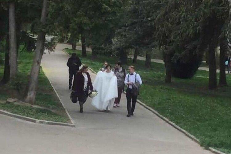 Попри карантин, в Луцьку та Рівному створюються нові сім'ї