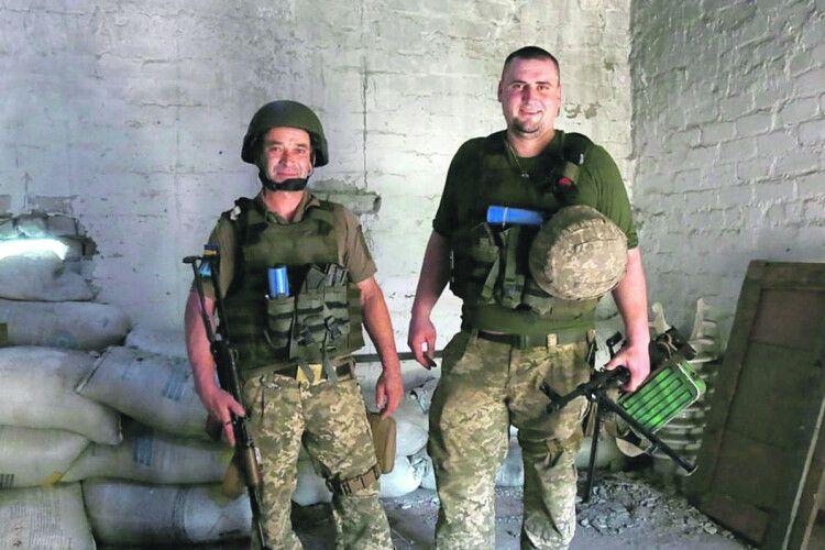 «Двійки ставив і з уроків виганяв»:  учитель та учень разом  воюють проти Росії