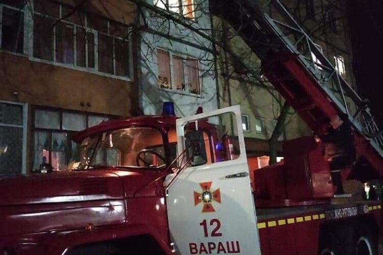 На Рівненщині у замкненій квартирі виявили мертвого чоловіка (Фото)