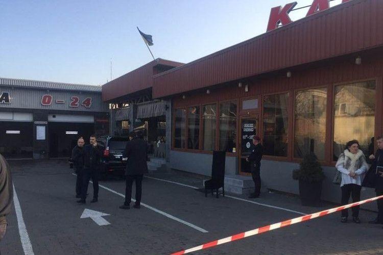 Учасника стрілянини на автомийці на вулиці Набережній у Луцьку взято під варту