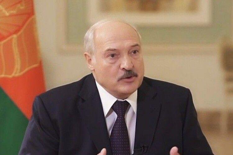 Арештували за те, що знімав Лукашенка на телефон