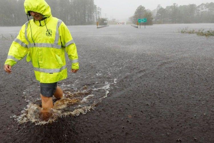 Українські журналісти опинились в епіцентрі урагану  «Флоренс»