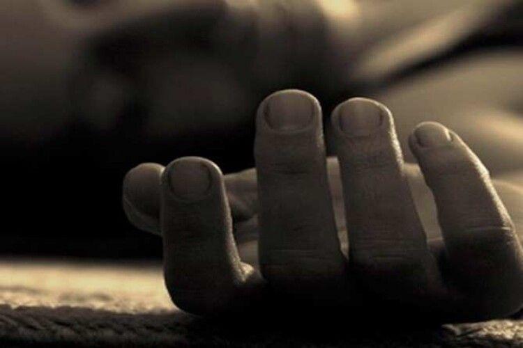На Рівненщині знайшли мертвого чоловіка (Фото)