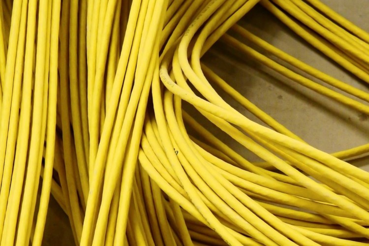 У Горохівському районі поліцейські викрили пенсіонера, котрий поцупив кабель лінії зв'язку