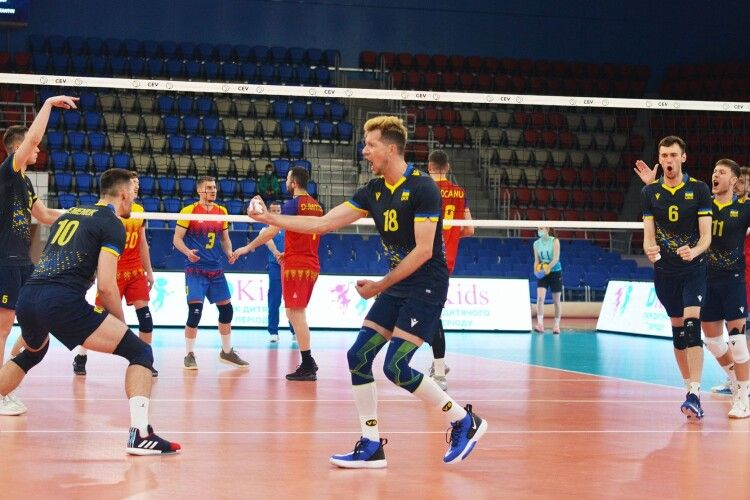 Волейбол: українці вирвали першу перемогу у Золотій Євролізі