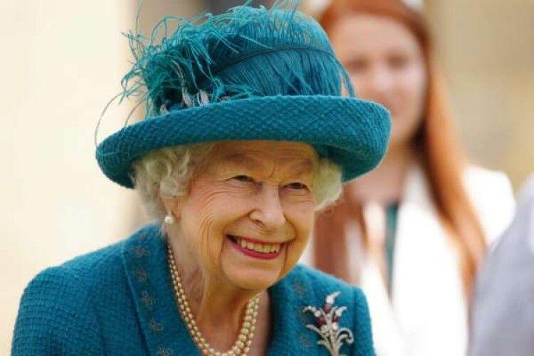 Єлизавета ІІ бомбезно підколола надокучливих американських туристів