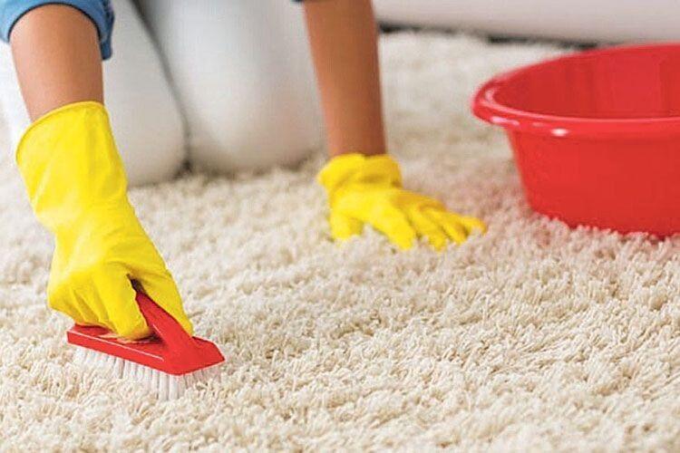 Як позбавити килим неприємного запаху
