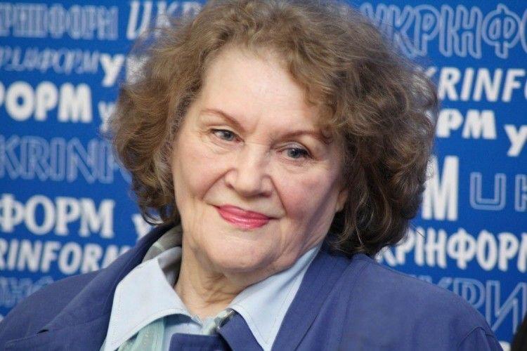Ліна Костенко готує сюрприз