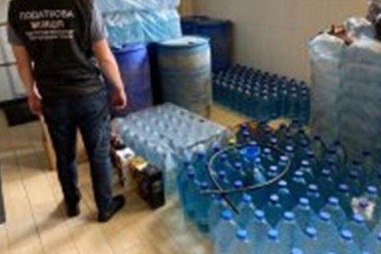 У ковельчанина знайшли 1200 літрів спирту