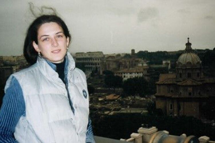 Кохання, яке долає мовні бар'єри: історія заробітчанки, яка випускає україномовну газету в Італії