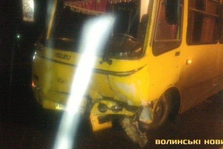 У моторошній аварії під Луцьком - двоє загиблих