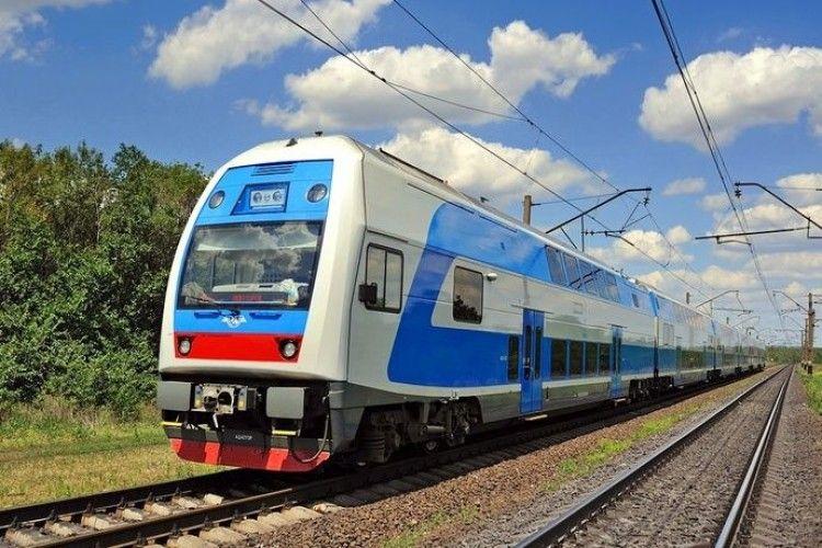 «Укрзалізниця» розділить поїзди на класи: «комфорт», «стандарт» і «економ»