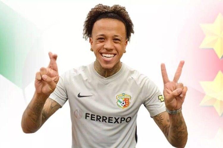 Полтавська «Ворскла» уклала повноцінний контракт із півзахисником португальського «Порту»
