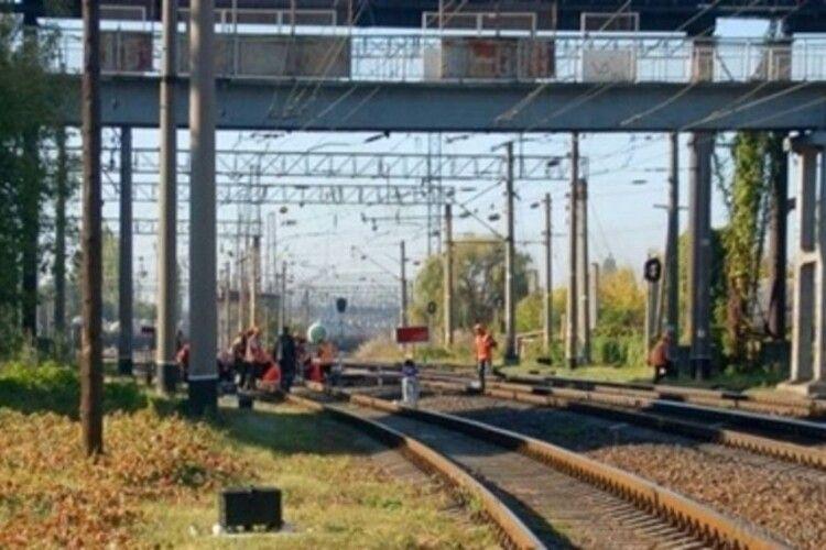 У Польщі біля залізниці знайшли труп українця