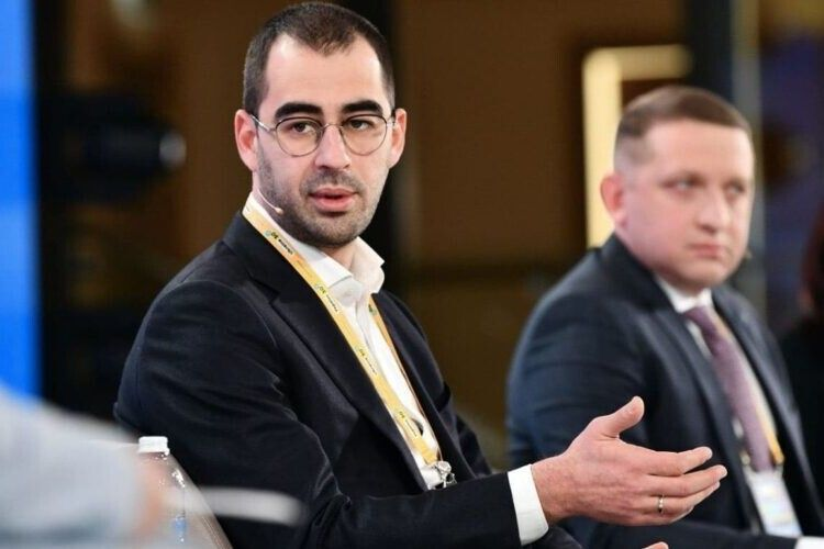 У Зеленського намагаються «відмазати» Трухіна від ДТП, бо він причетний до роздачі зарплат у конвертах - ЗМІ