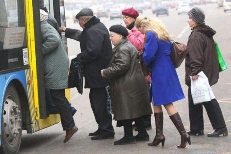Чи зроблять у Луцьку платним проїзд для пенсіонерів в години пік