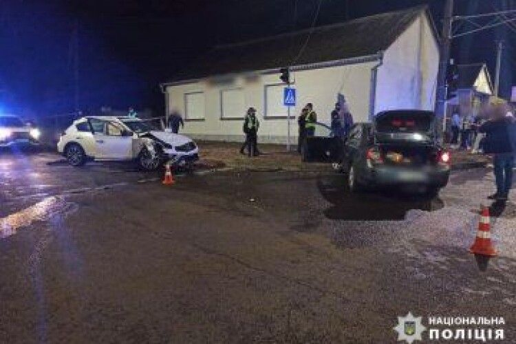 У Луцьку–  смертельна аварія за участі Volkswagen Passat та Infiniti QX 50