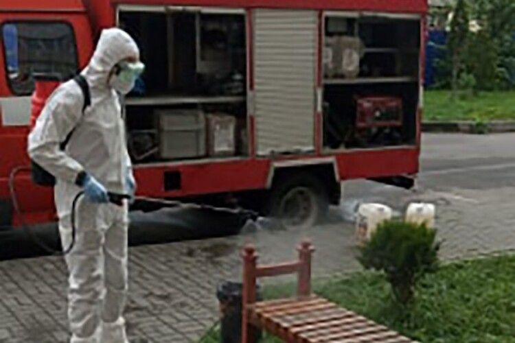 Минулих вихідних волинські рятувальники продовжили заходи з дезінфекції об'єктів