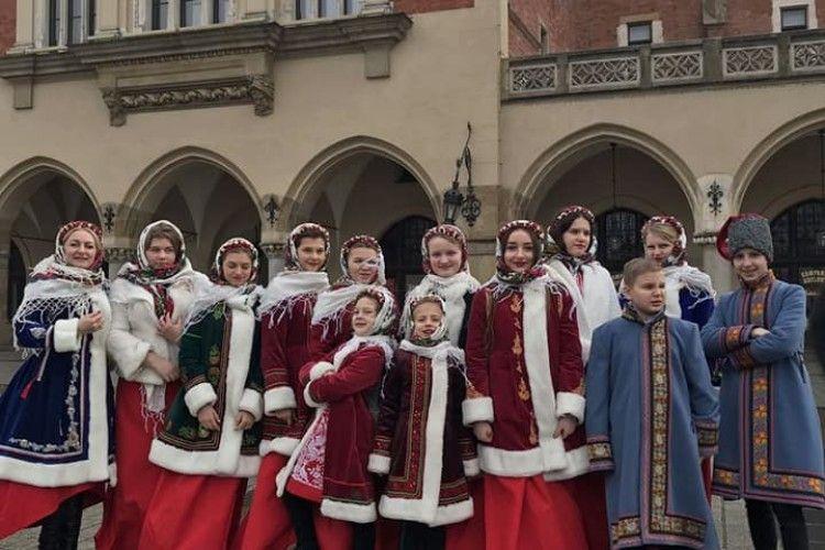 Луцька «Співаночка» вже поколядувала в Польщі