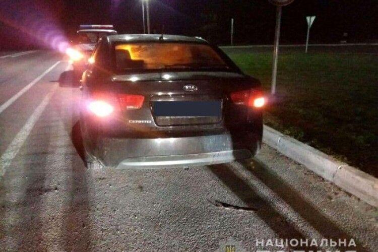 На трасі «Київ-Ковель-Ягодин» авто переїхало чоловіка: шукають свідків аварії