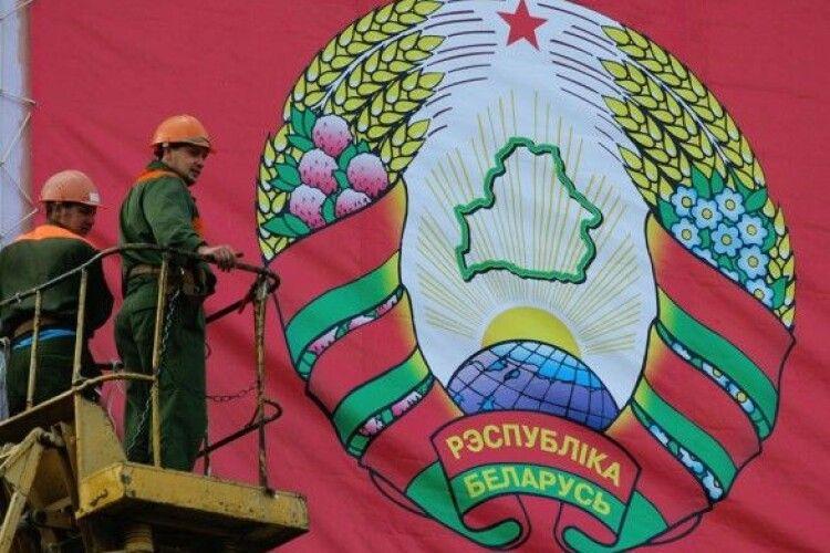 У Білорусі вирішили привести у повну боєготовність ряд військових частин