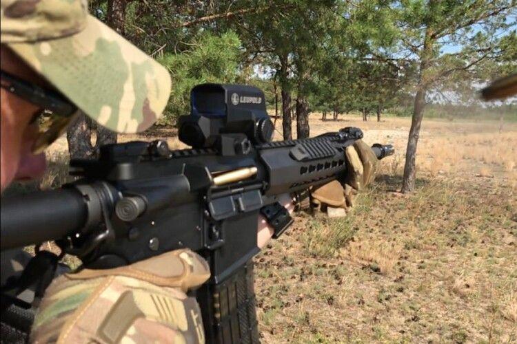 Штурмові гвинтівки UAR-15 вже на озброєнні спецпризначенців Держприкордонслужби (Фото, відео)