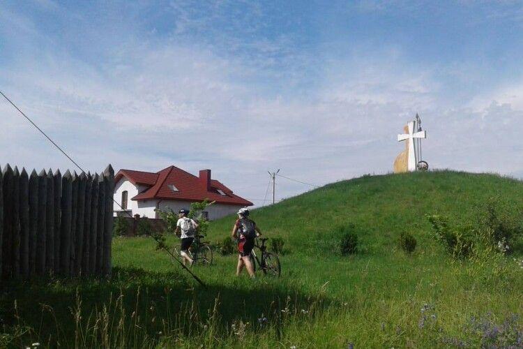 Волиняни, гайда у цікаву велоподорож навколо Луцька!