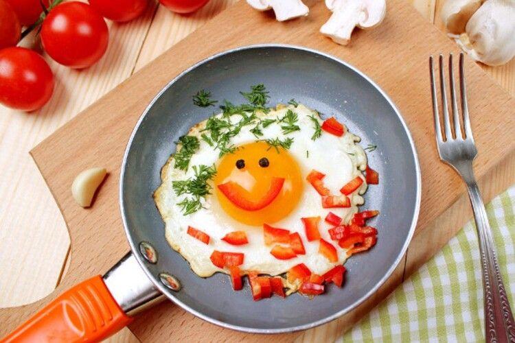 Сьогодні – всесвітній день яйця, який вважають найкращим сніданком