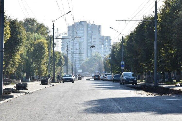 Ремонт: проспект Волі у Луцьку майже готовий до відновлення руху транспорту (Фото)